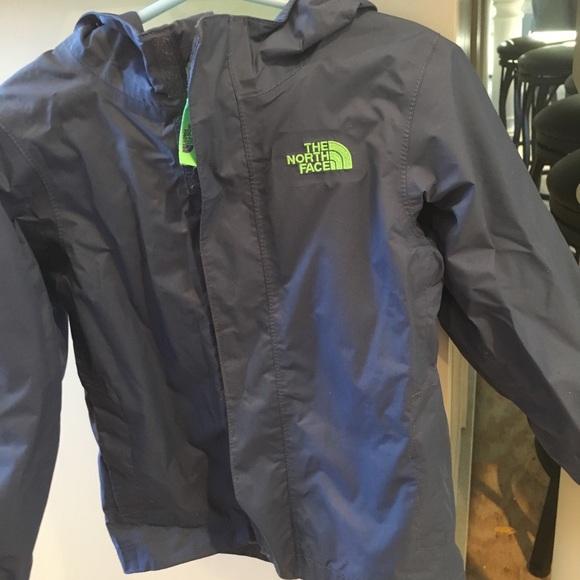 bef2d027757 Toddler boys rain coat. M 5a5a30bb3800c578569d0940